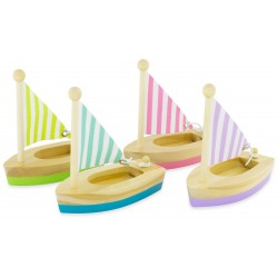 WOODEN SAILBOAT: SM (set of...